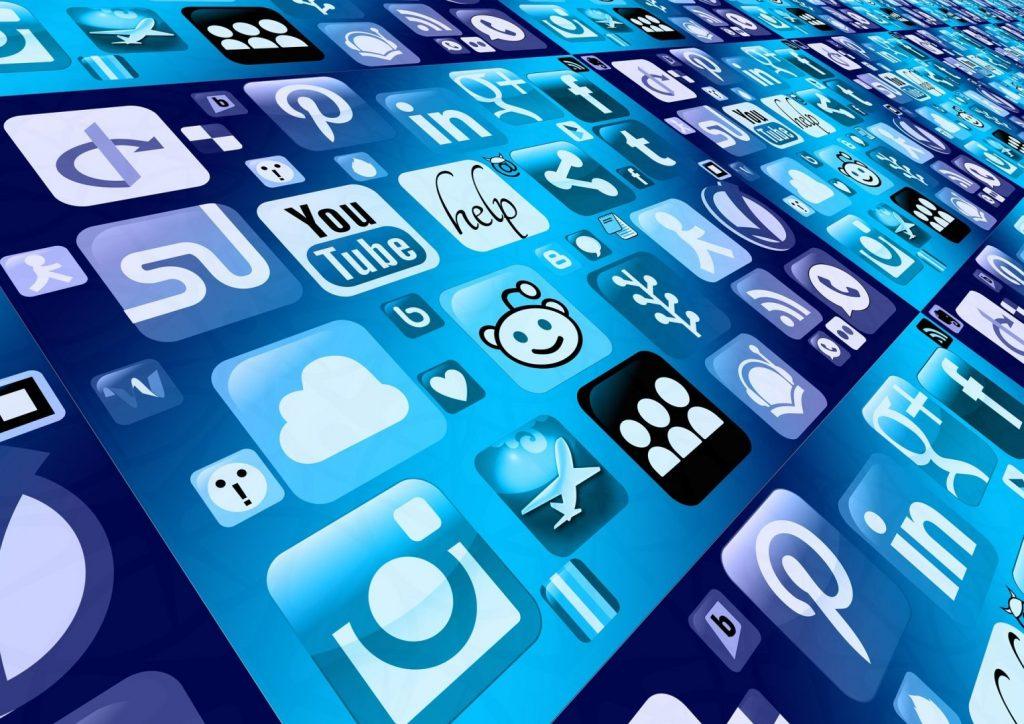 Urobte si partnerov z najväčších sociálnych sietí
